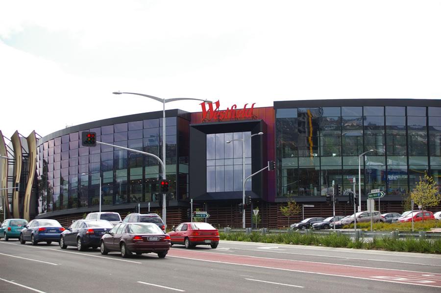 Shoppingtown mall movie theater